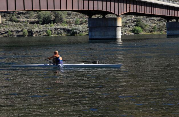 Rowing Lesson on the Columbia